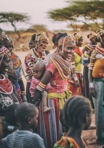 תמונה של שבט אפריקאי מתוך טיול ספארי באפריקה